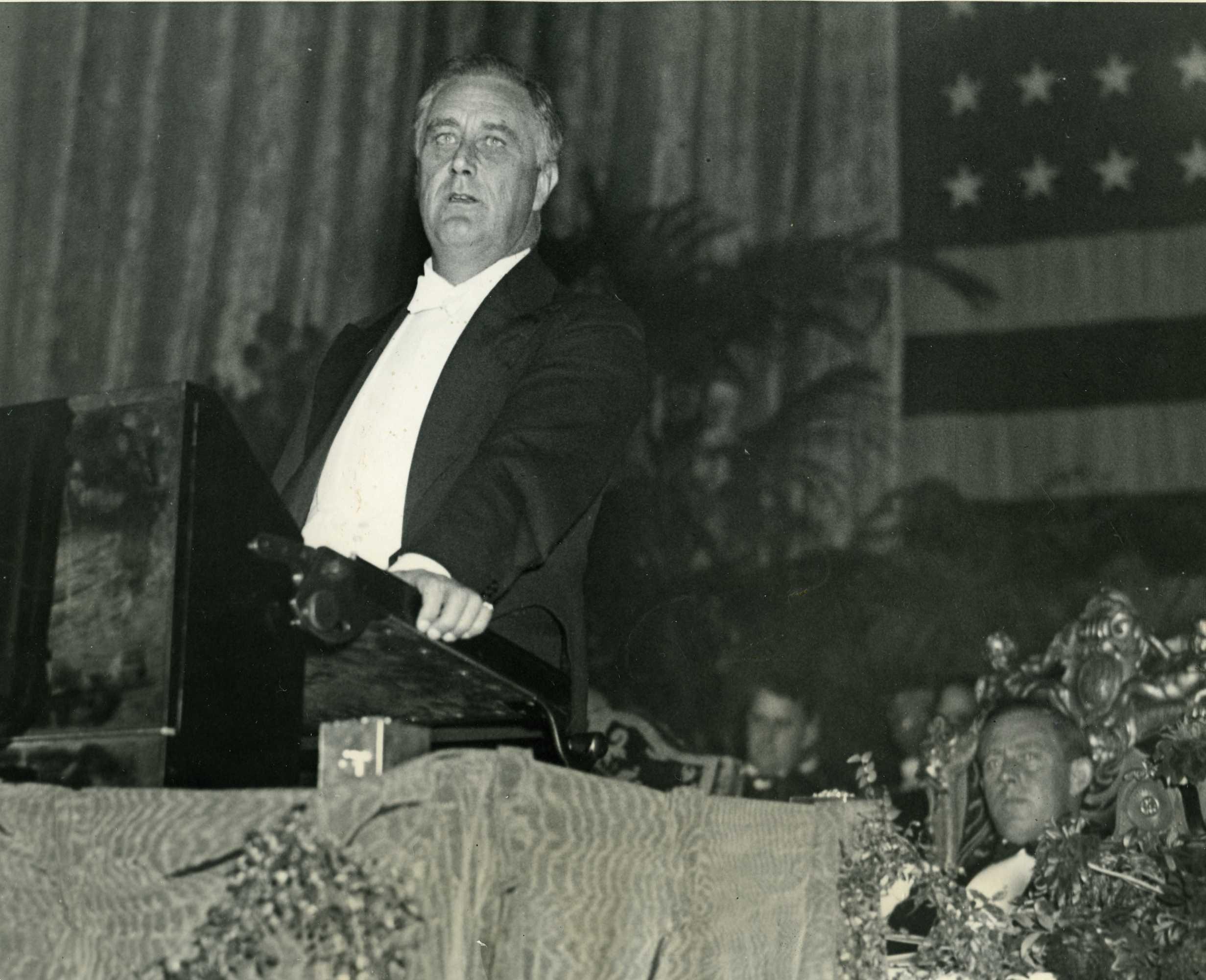 fdr giving a speech - photo #23